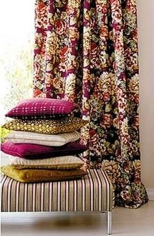 çiçekli dekoratif perde persan perde model