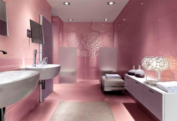 pembe renkli banyo
