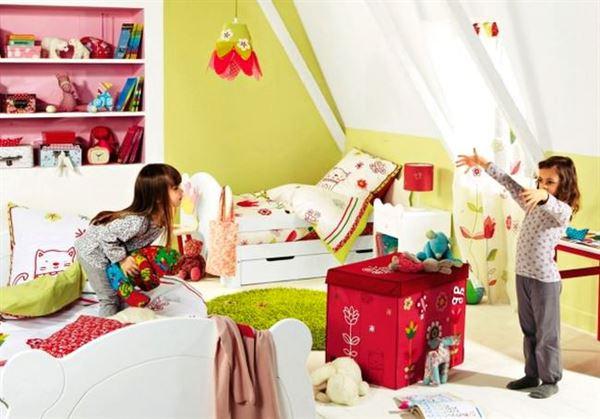 Çocuk Odasına Renkli Eğlenceli Dekorasyon Stilleri 29