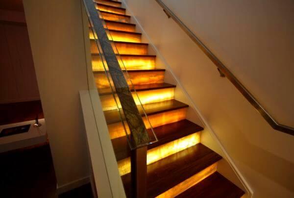 dekoratif merdiven aydınlatma