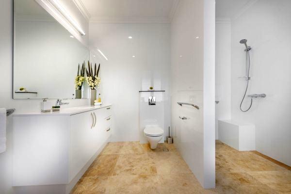 Geniş Modern Lüks Banyo Dekorasyon Modelleri 7