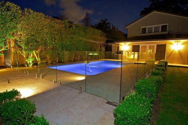 bahçede havuz keyfi - dekoratif havuzlar - Bahçede Havuz Keyfi