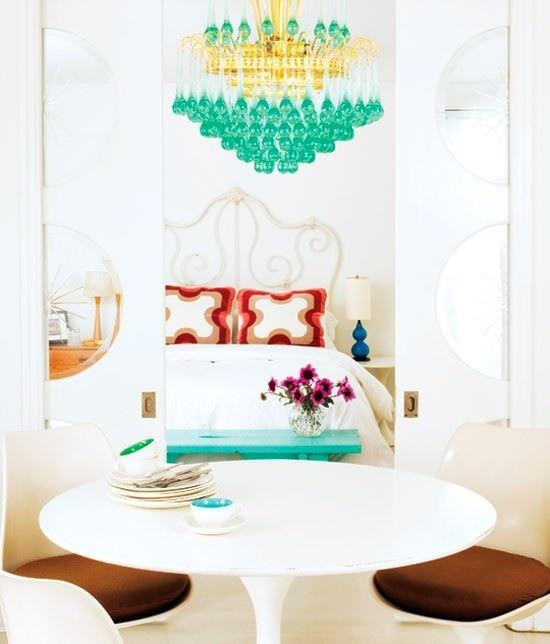 beyaz-renkli-yatak-odasi-dekorasyon