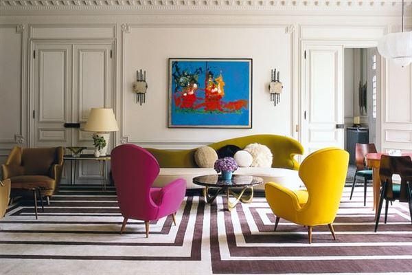 dekoratif sari koltuklu oturma odasi