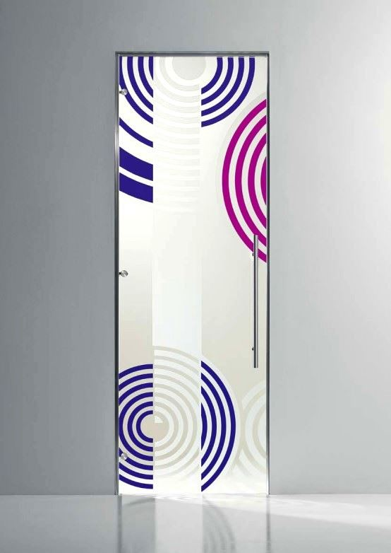 Desenli Ve Renkli Cam Kapı Modelleri 5