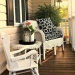 yazlık ön balkon koltuk modelleri sundurma dekorasyon modelleri - joyful summer porch 150x150 - Yazlık Ev Sundurma Dekorasyon Modelleri
