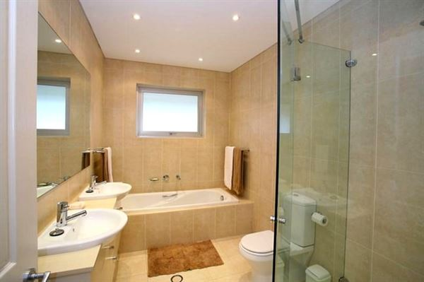 Yeni Tasarım Lüks Banyo Dekorasyon Fikirleri 7