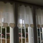 renkli desenli dekoratif perde tasarımları - renkli desenli suslu perde modelleri 150x150 - Renkli Desenli Dekoratif Perde Tasarımları