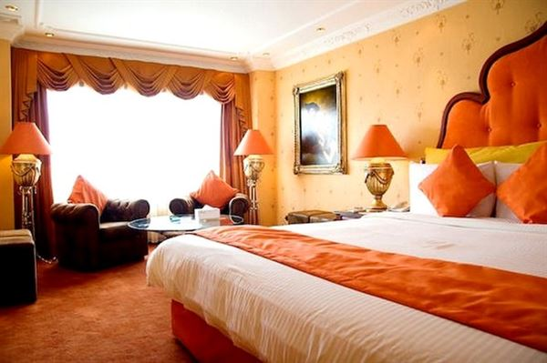 turuncu-yatak-odasi
