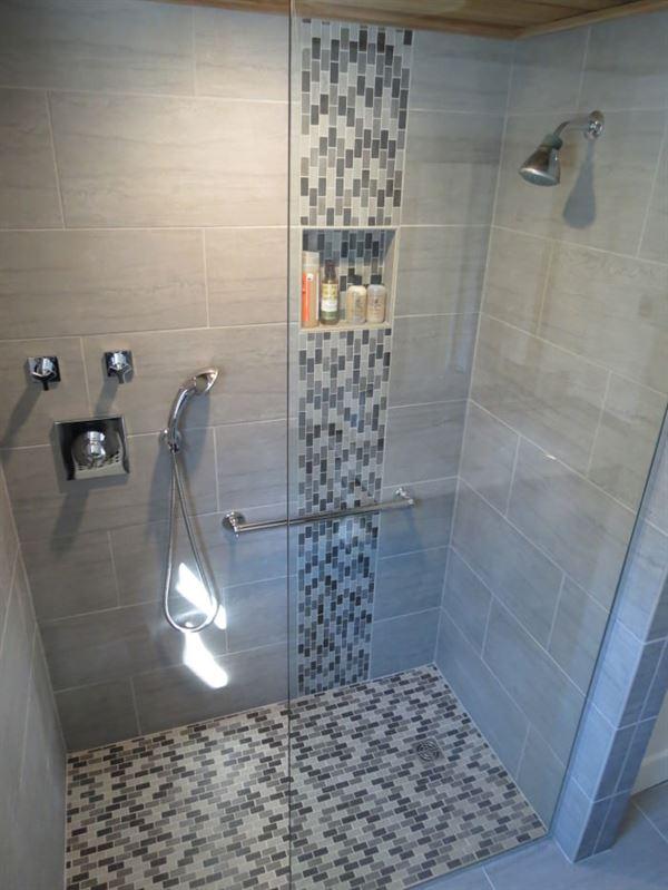 Yeni Tasarım Çizgileri Taşıyan Banyo Dekorasyonları 3