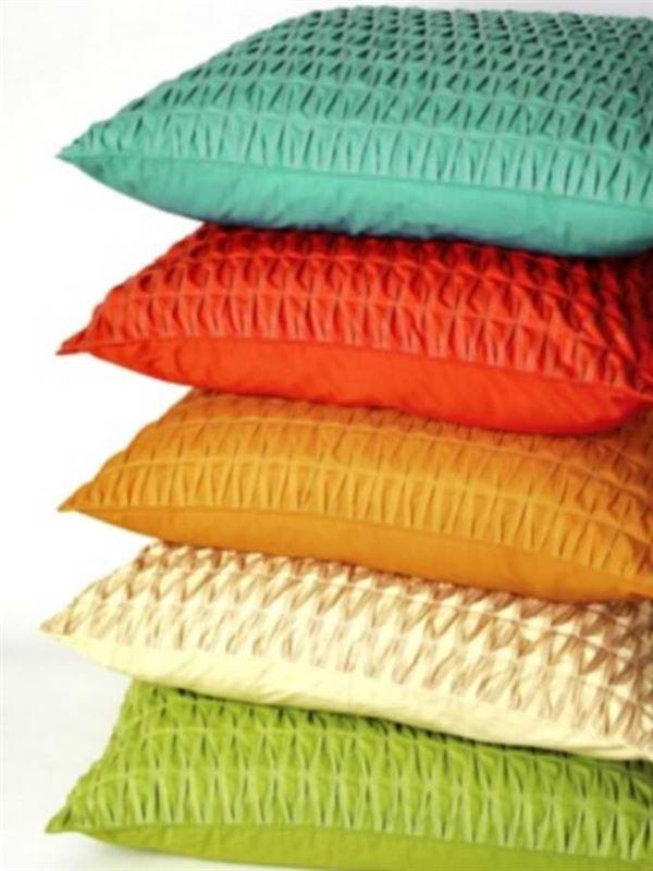 Şirin Desenli Renkli Kırlent Modelleri 8