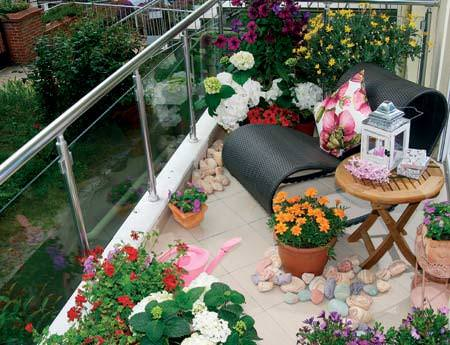 Balkon Dekorasyon Ve Süsleme Fikirleri