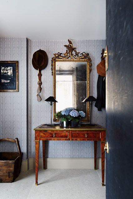 Klasik ve Contry Tarzı Hol Ve Antre Dekorasyon Fikirleri 8