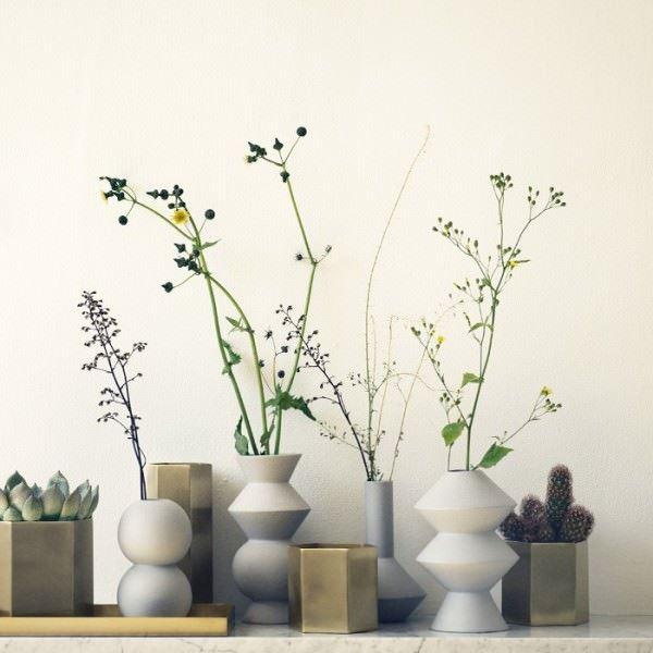 değişik şekilli vazolar