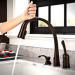 akıllı teknolojik ev aletleri - dokunmatik acilan musluk 150x150 - Akıllı Teknolojik Ev Aletleri