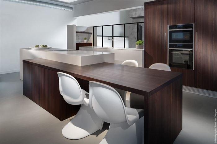 luks-buyuk-mutfak-dekorasyonu büyük mutfak dekorasyon fikirleri - luks buyuk mutfak dekorasyonu 1024x684 - Büyük Mutfak Dekorasyon Fikirleri