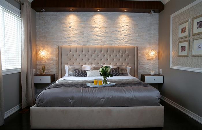 yatak odası duvarlarına dekoratif görünüm kazandırma - yatak odasi yatak arkasi uc boyutlu tas kaplama - Yatak Odası Duvarlarına Dekoratif Görünüm Kazandırma