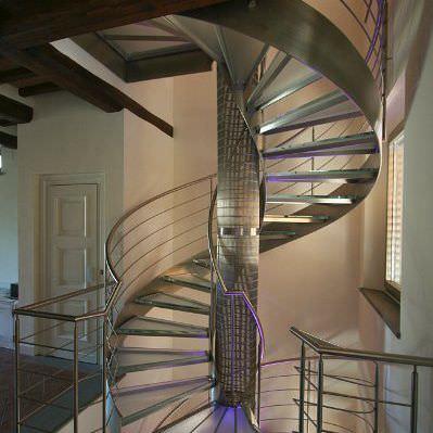 oval spirel merdiven modelleri