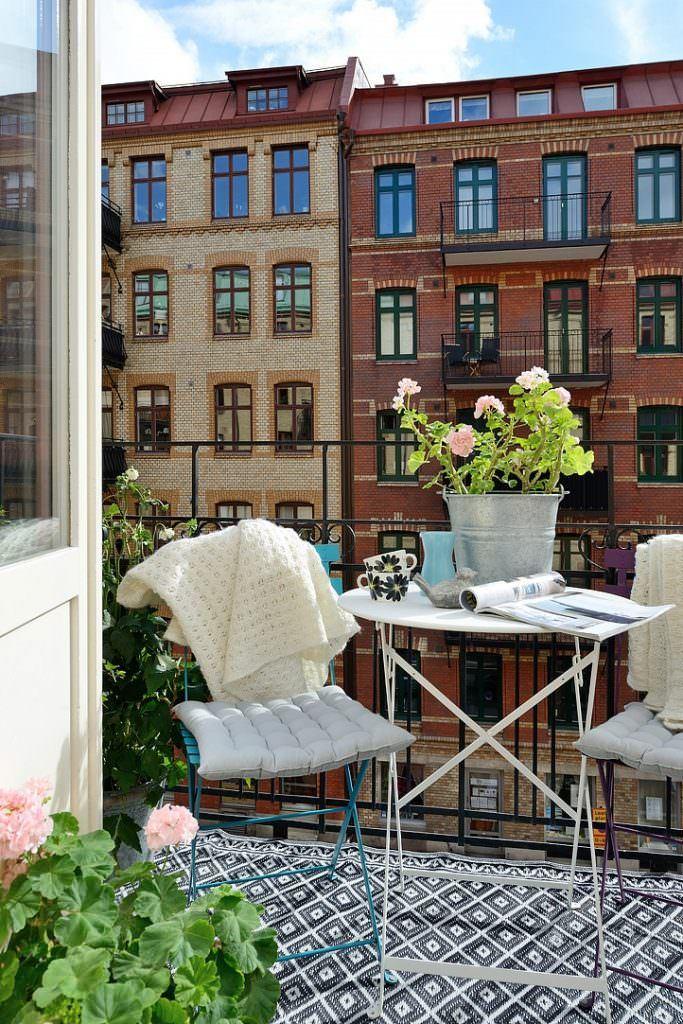 iskandinav dekorasyonlu balkon modelleri