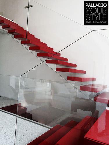 ahşap basamaklı merdiven