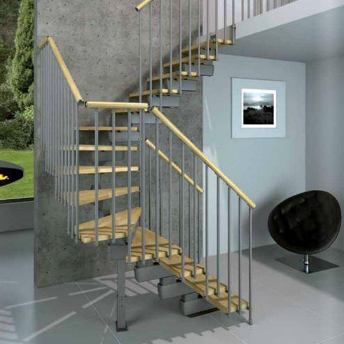 metal-korkuluklu-merdiven