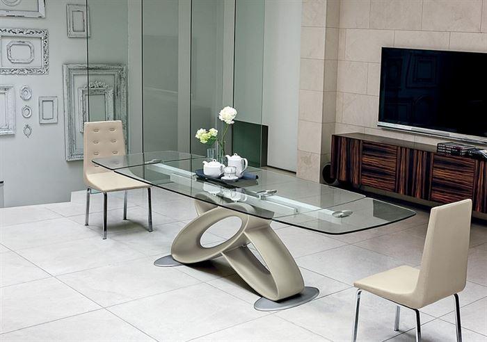 moda yemek masası