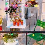 balkon renkli masa sandalye küçük balkonlar İçin güzel dekorasyon fikirleri - kucuk balkon guzel dekorasyon fikirleri 14 150x150