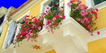 kucuk-balkon-guzel-dekorasyon-fikirleri