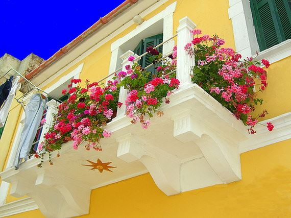 Küçük Balkonlar İçin Güzel Dekorasyon Fikirleri 22