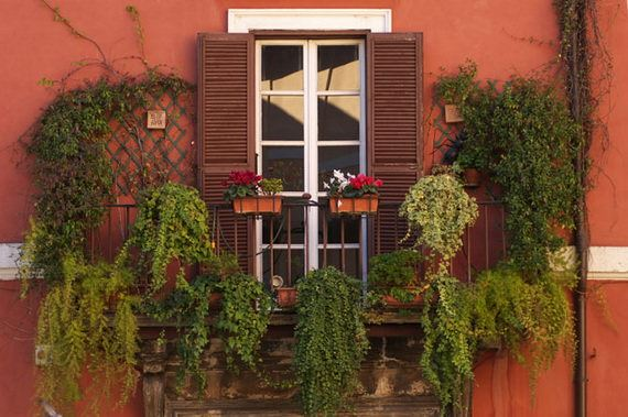 balkon çiçek örnekleri küçük balkonlar İçin güzel dekorasyon fikirleri - kucuk balkon guzel dekorasyon fikirleri 17 - Küçük Balkonlar İçin Güzel Dekorasyon Fikirleri