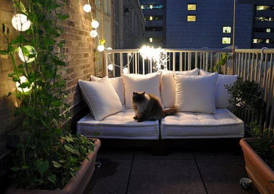 balkon kanepesi