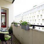 küçük balkon çiçeklik modelleri küçük balkonlar İçin güzel dekorasyon fikirleri - kucuk balkon guzel dekorasyon fikirleri 30 150x150
