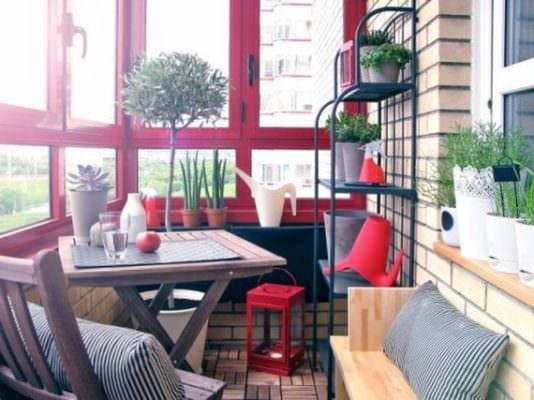balkon dekoratif süsleri küçük balkonlar İçin güzel dekorasyon fikirleri - kucuk balkon guzel dekorasyon fikirleri 34 534x400 - Küçük Balkonlar İçin Güzel Dekorasyon Fikirleri