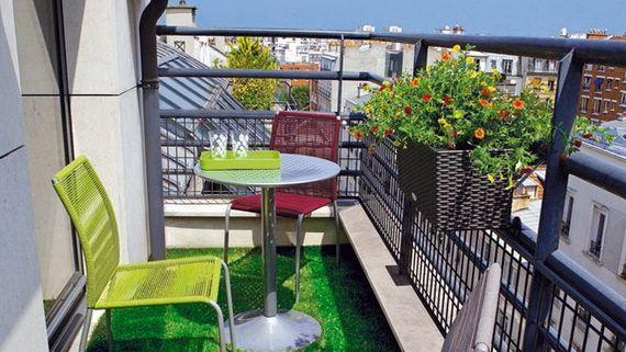 balkon masa sandalye