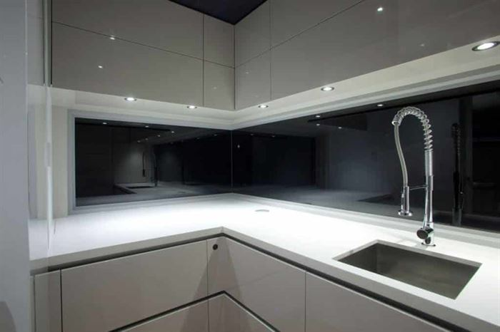 Mutfak Dekorasyonunda Yeni Trend Cam Kullanımı 6