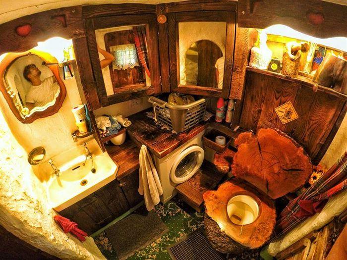 hobbit tarzı ev - ilginc tasarimli ev 15 - İlginç Doğal Ahşap Tasarımlı Hobbit Tarzı Ev