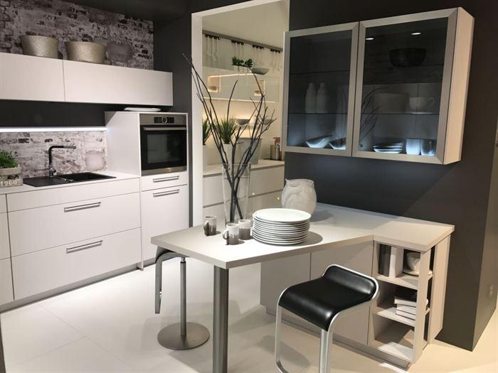 cam kapaklı mutfak dolap modelleri