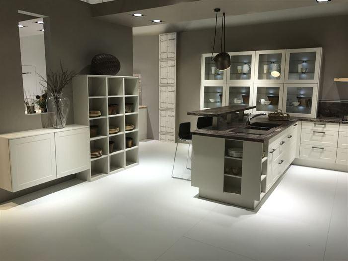 camlı mutfak dolap kapakları cam kapaklı mutfak dolap modelleri