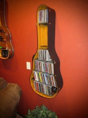eski-gitarinizi-nasil-raf-sistemine-donusturebilirsiniz eski gitarınızı nasıl raf sistemine dönüştürebilirsiniz - eski gitardan raf sistemi nasil yapilir 10 300x400