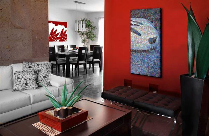 küçük ev renk seçimleri kirmizi duvar boyasi 1024x668
