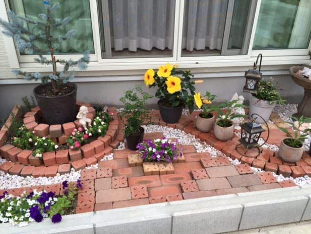 Tuğlalar ile Bahçe Süsleme Fikirleri tuğlalar ile bahçe süsleme fikirleri - tuglalar ile dekoratif bahce susleme fikirleri 1 1