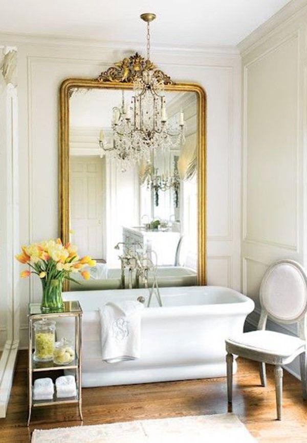 classic-oversized-mirror evinizi büyük gösterecek duvar ayna modelleri - classic oversized mirror