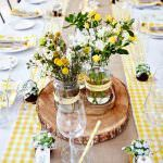 çiçeklerle masa süsleme