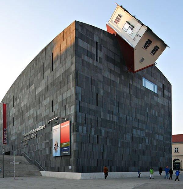 ilginç ters tasarımlı maket evler