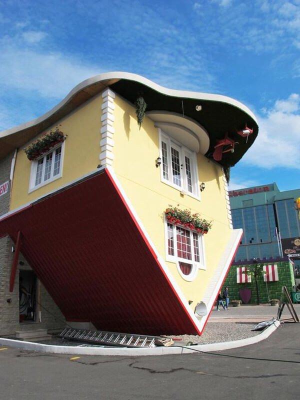 ters yapılmış evler