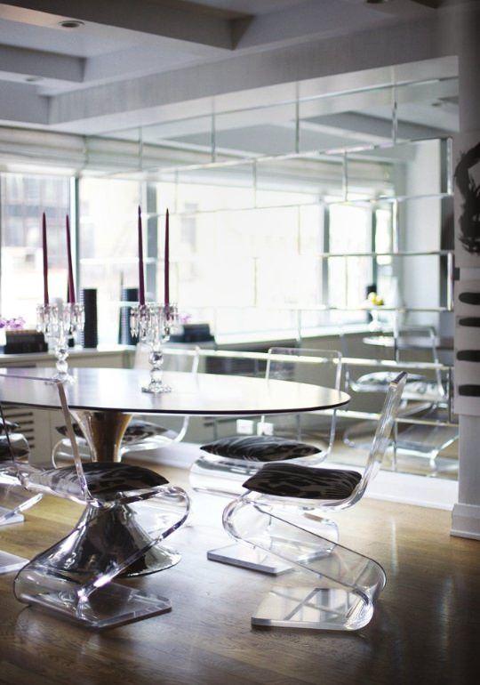 şeffaf mobilya - seffaf sandalye modelleri 5 - Şeffaflığı Sevenler İçin Şeffaf Mobilya Tasarımları
