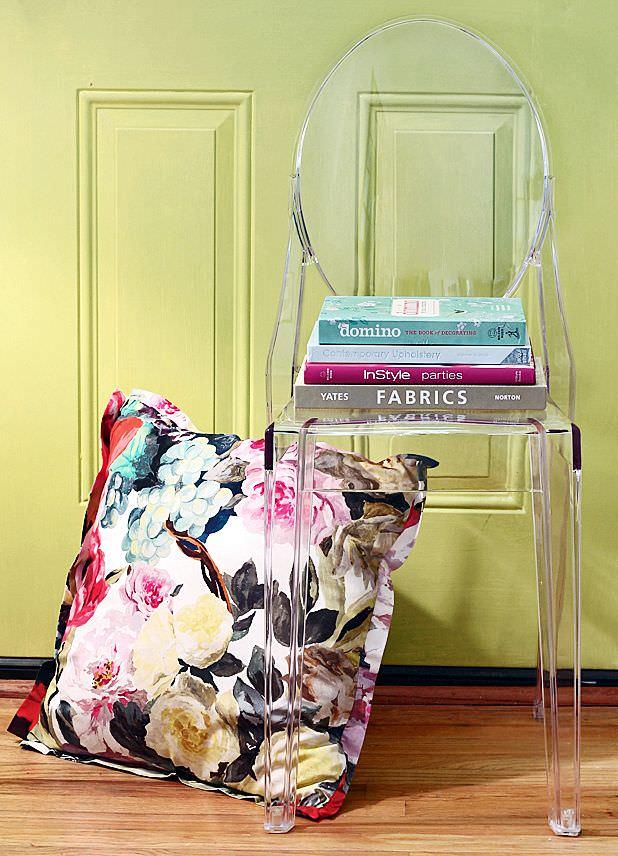 şeffaf mobilya - seffaf sandalye modelleri - Şeffaflığı Sevenler İçin Şeffaf Mobilya Tasarımları