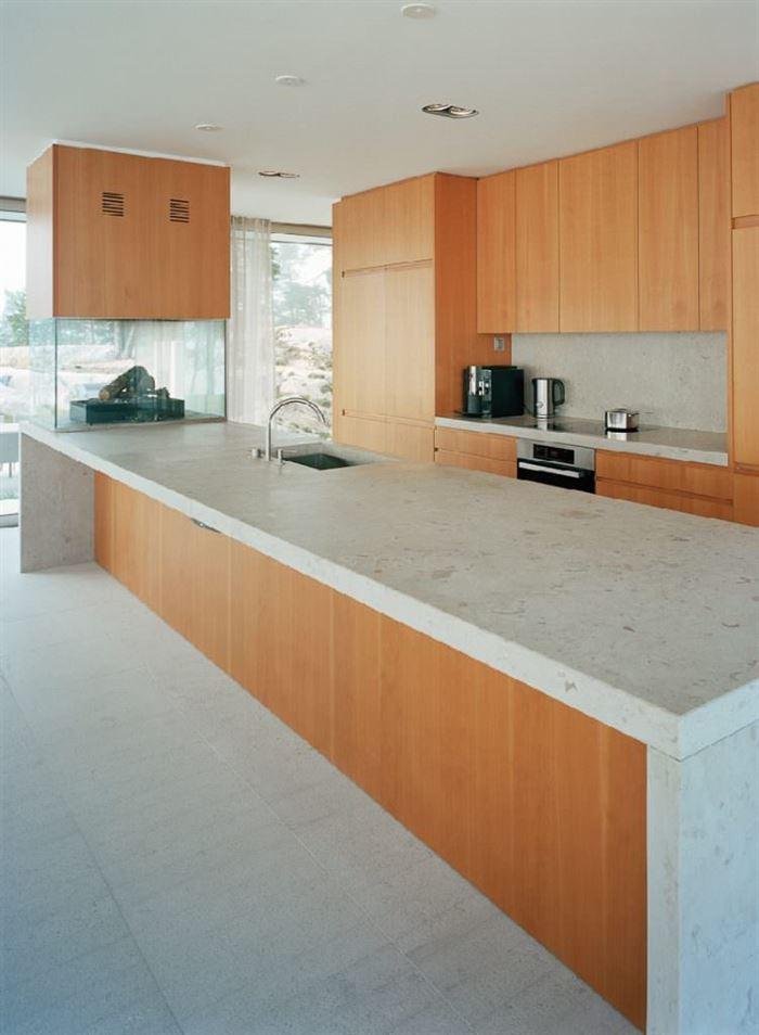 Küçük Ada Üzerinde Modern Lüks Ev Tasarımı