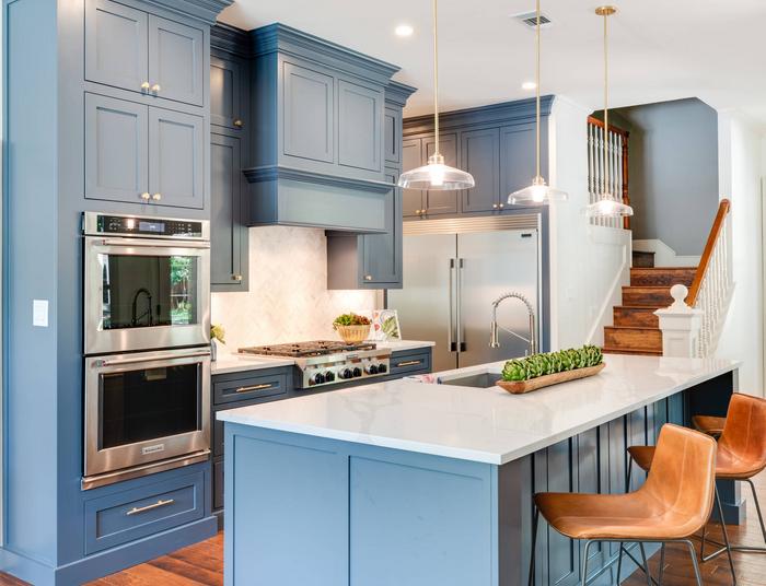 mavi dekorasyonlu mutfak