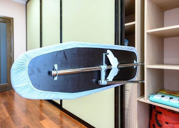 dolap içine gizlenmiş ütü masası modelleri